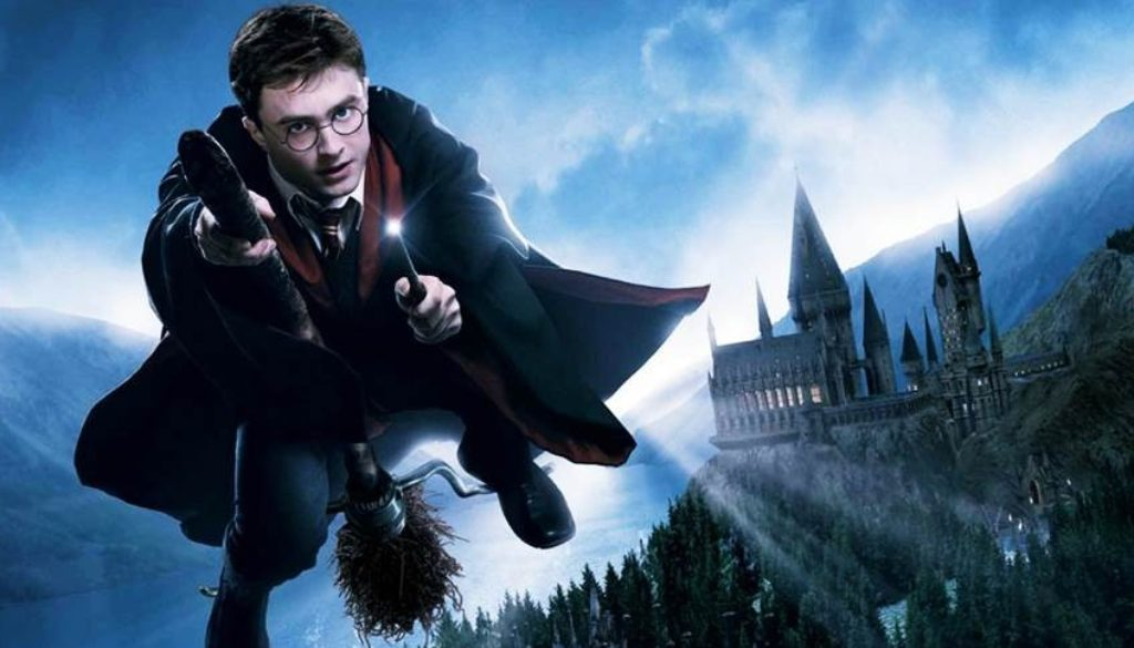 harrypotter-flying-frndsInUa-lq-1024x484-1024x585
